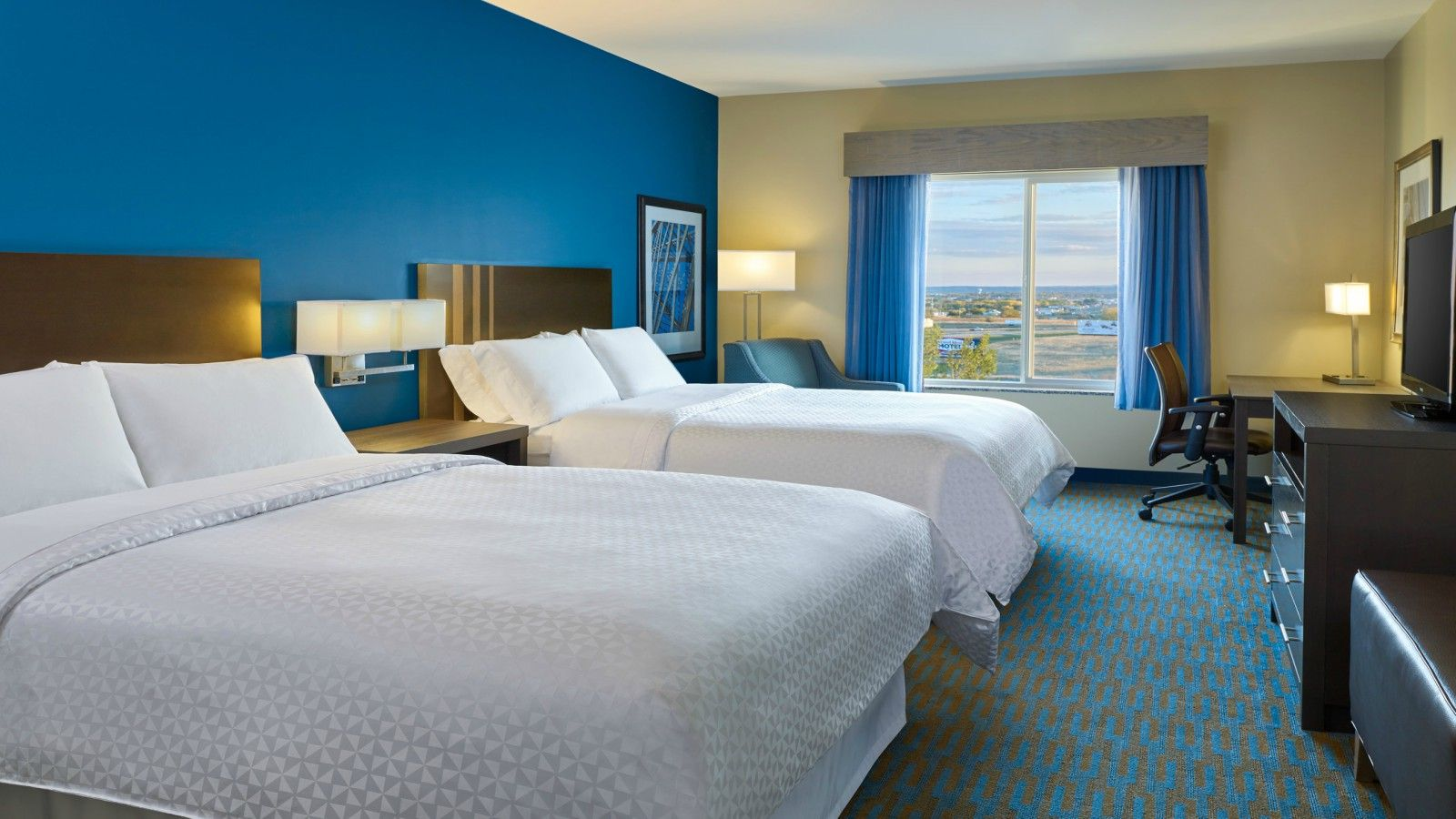 Williston Accommodations - Queen Guest Room | Four Points by Sheraton Williston
